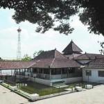 Masjid sulthoni plosokuning