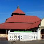 Belajar Ngaji di masjid-gede-kauman-terletak-di-sebelah-barat-alun-alun-utara-yogyakarta3