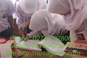 Les Privat Bimbel SMA MA Matematika IPA Fisika Kimia Biologi Bahasa Inggris di Jogja Guru datang ke rumah siswa
