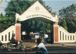 SMPN 1 Jogja Gerbang