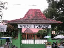 SMPN 12 Yogyakarta Gerbang