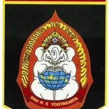 SMPN 5 Yogyakarta Logo